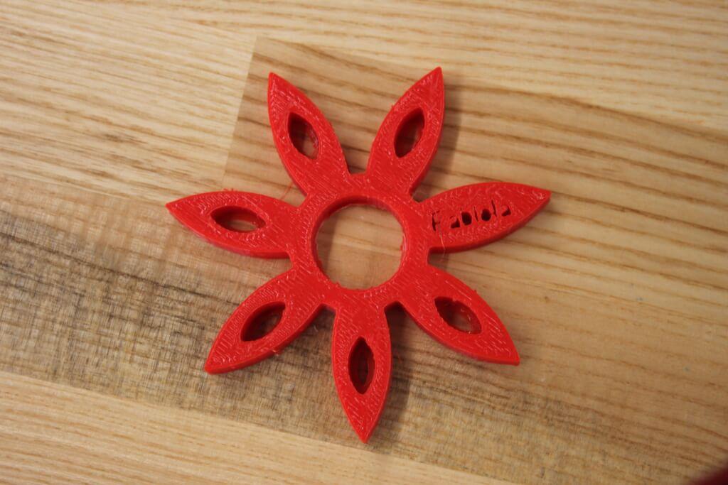 Fabiola's Red Petal Spinner